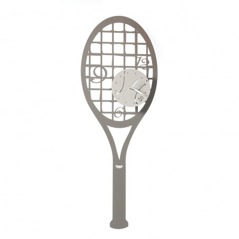 Match Point metal wall...