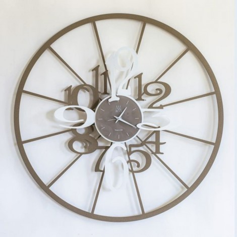 Clock of Arti e Mestieri beige and white