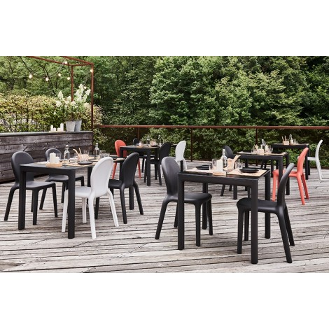 plust chloè table outdoor table measures