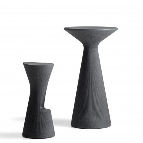 plust fade table coffee table with stool