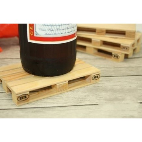 Euro pallet coaster for drinks transport. Original and ingenious
