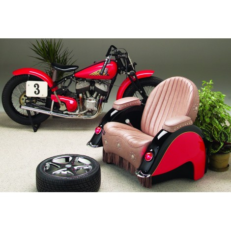 Reclining armchair with details of the commendable Harley Indian