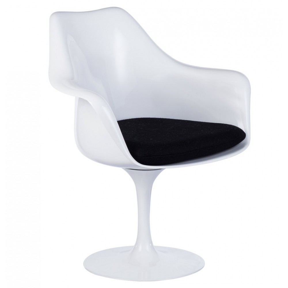 Poltrona Tulip Saarinen.Re Edition Tulip Armchair By Saarinen Made Of Fusion Of Aluminum Seat Abs Or Fibre Glass And Genuine Leather Or Fabric Cushion
