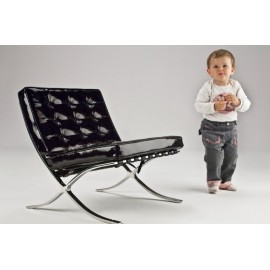 Ludwig Mies van der Rohe's Barcelona re-edition as a child
