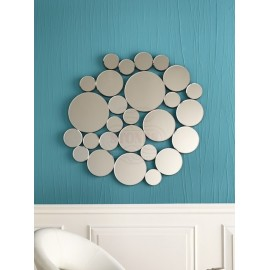 15 Stones line wall mirror with assembled round mirrors. Item dimensions in cm: 98 X 97 H 2