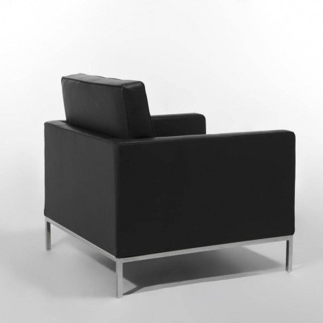 Re-edition of the Florence Knoll armchair in chromed metal and covered in real leather