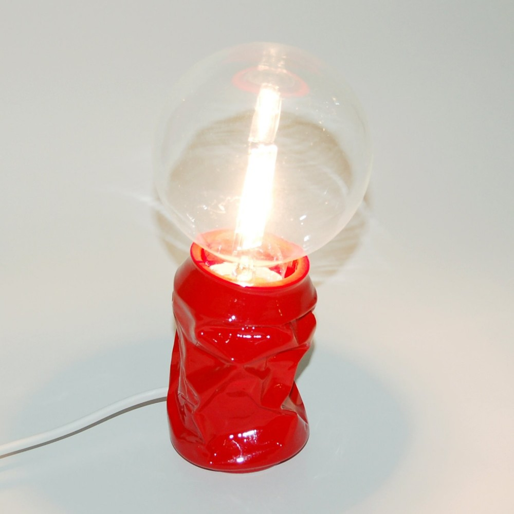 Resin table lamp or table lamp in the shape of a crushed can with lamapada not included