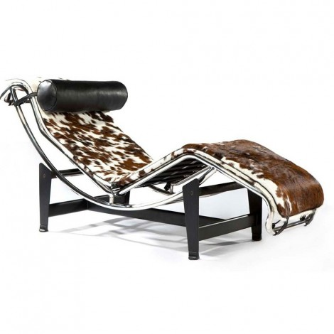 Re-edition and reproduction of Le Corbusier Chaise Longue in steel and genuine Italian leather
