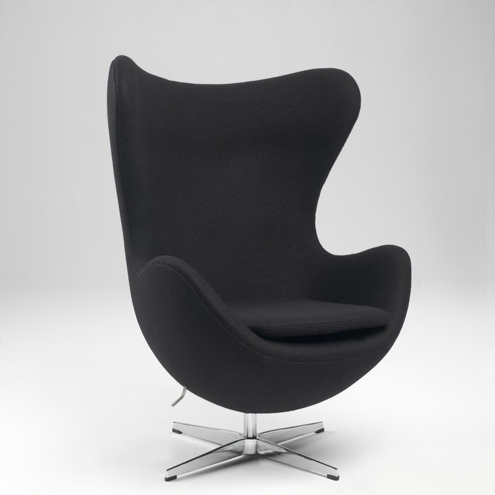 Egg armchair by Arne Jacobsen in wool or real leather