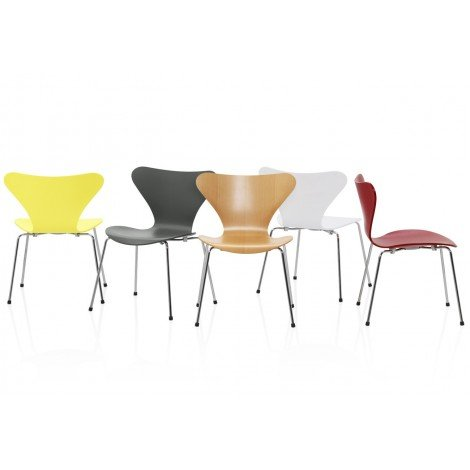 Re-edition of Seven chair by Arne Jacobsen in versions with armrests and without armrests
