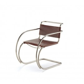 Re-edition of the Mr Chair by Ludwig Mies van Der Rohe in leather or rattan with or without armrests