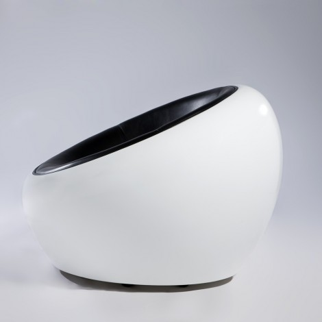 Re-edition of the Egg pod Ball Chair by Eero Aarnio in fiberglass and real leather