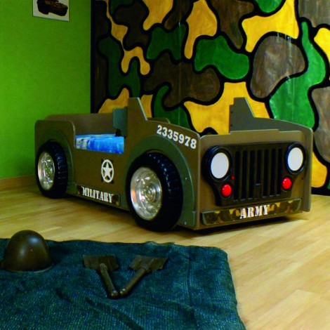 Jeep-shaped Junior Bed with lights in the headlights