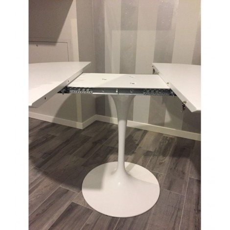 Tulip Oval Extendable Table by Saarinen with Round Base and Extendable  Black or White Laminate Top