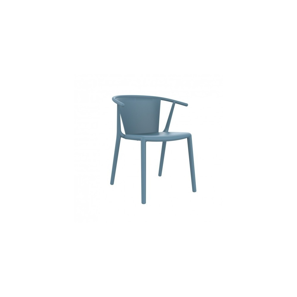Steely outdoor chair in polypropylene and fiberglass available in various finishes