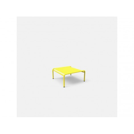 WEEK END outdoor smoke table in powder coated aluminum available in many colors