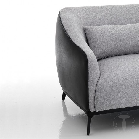 Zoe sofa by Tomasucci available with 2