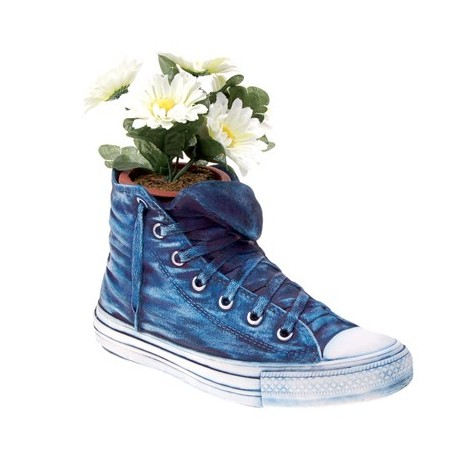 Converse Storage Vase in resin measures cm H 25 x W 14 x D 11. Decorated by hand.