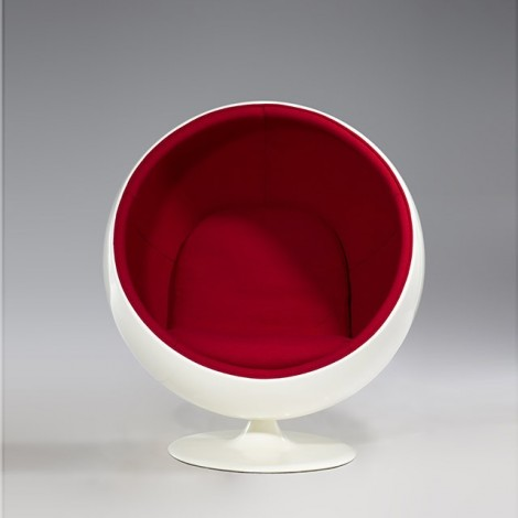 Re-edition of the Ball Armchair by Eerio Aarnio in fiberglass with interior in wool