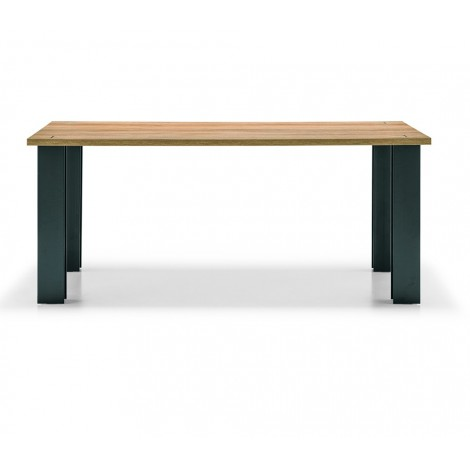 Construction fixed table...
