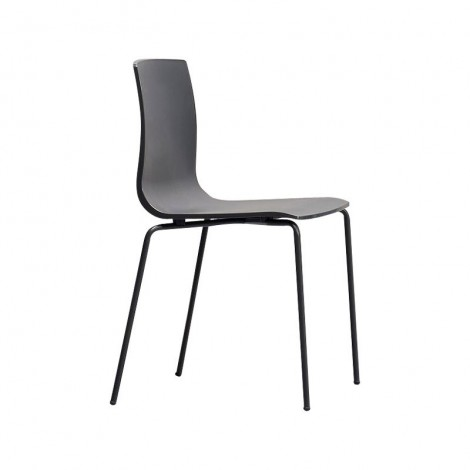 Alice Chair black by Scab with side view